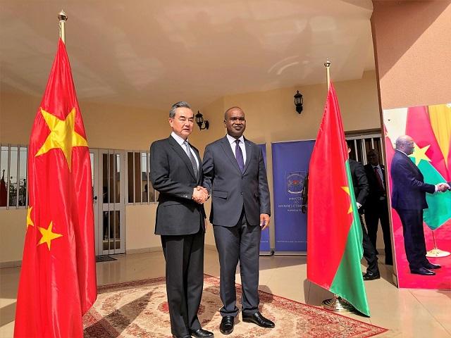Développement et sécurité: Le Patron de la diplomatie chinoise rassure à Ouagadougou