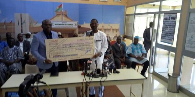 Assemblée nationale: 127 députés, 127 millions de francs CFA pour soutenir les FDS