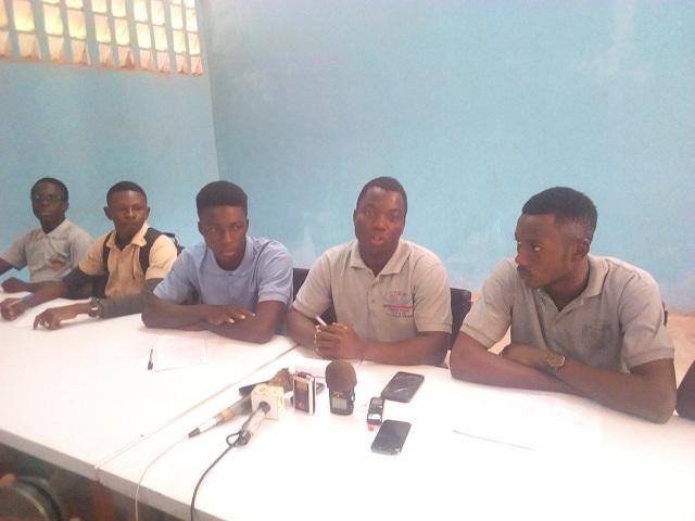 Suspension des évaluations dans les établissements publics: Les élèves appellent à sauver l'année scolaire en cours