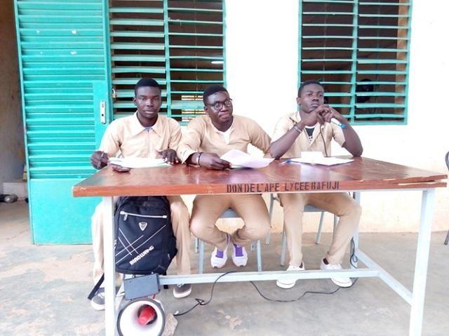 Gaoua: Les élèves montent au créneau pour réclamer des évaluations