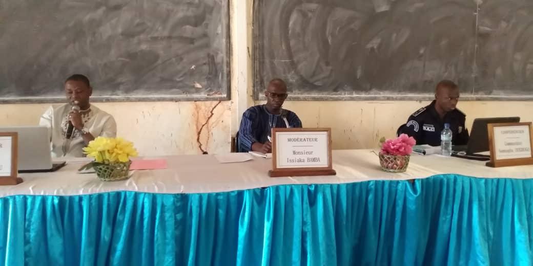 Lutte contre le terrorisme: Des élèves et étudiants s'engagent auprès des FDS pour éradiquer le phénomène au Burkina Faso