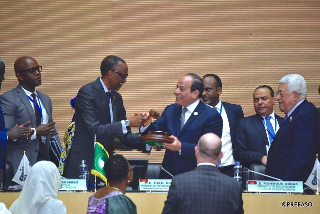 Union africaine: L'égyptien Abdel Fatah al-Sissi succède au rwandais Paul Kagamé