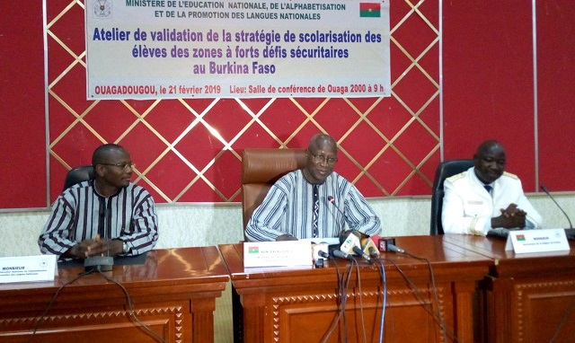 Ecoles fermées pour cause d'insécurité au Burkina: Bientôt une stratégie pour une «reprise totale de la scolarisation»