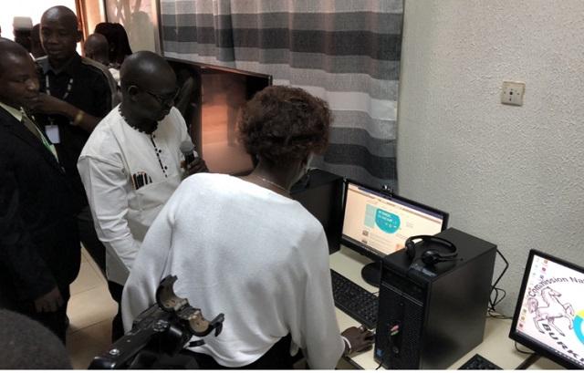 TIC et Education: La secrétaire générale de l'OIF inaugure un centre numérique et une bibliothèque
