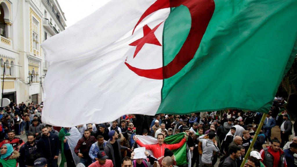 Algérie: La rue ne veut plus d'Abdelaziz Bouteflika