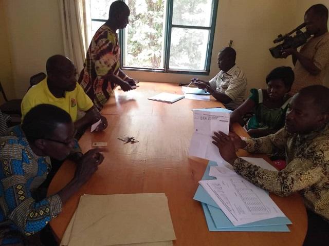 Bobo-Dioulasso: Les membres des premières commissions d'apurement du passif foncier passent à la caisse