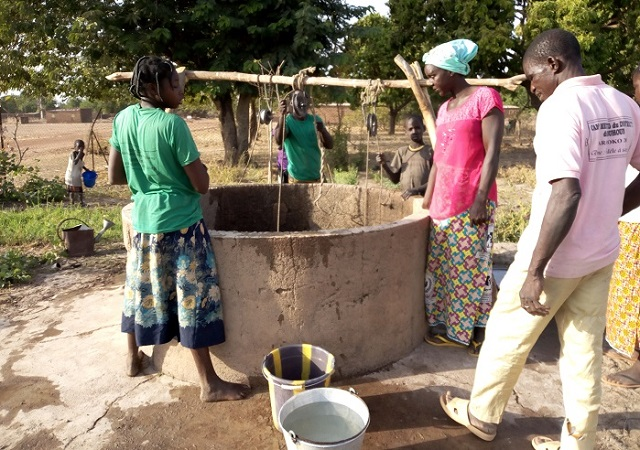 Soukuy (Mouhoun): L'eau potable est rare, les latrines aussi