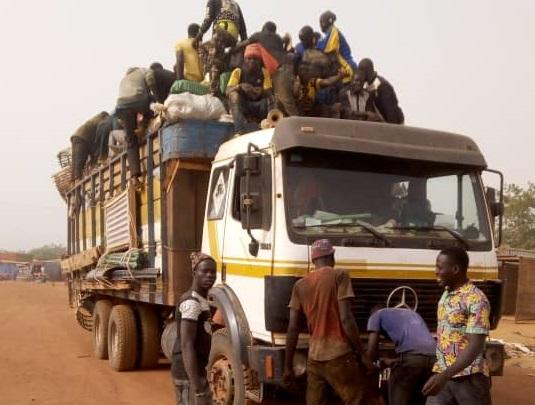 Développement: SOS pour la route  Pouytenga-Bogandé