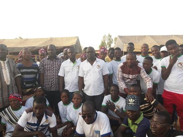 Vie des partis: Le RPR annonce 200 nouvelles adhésions