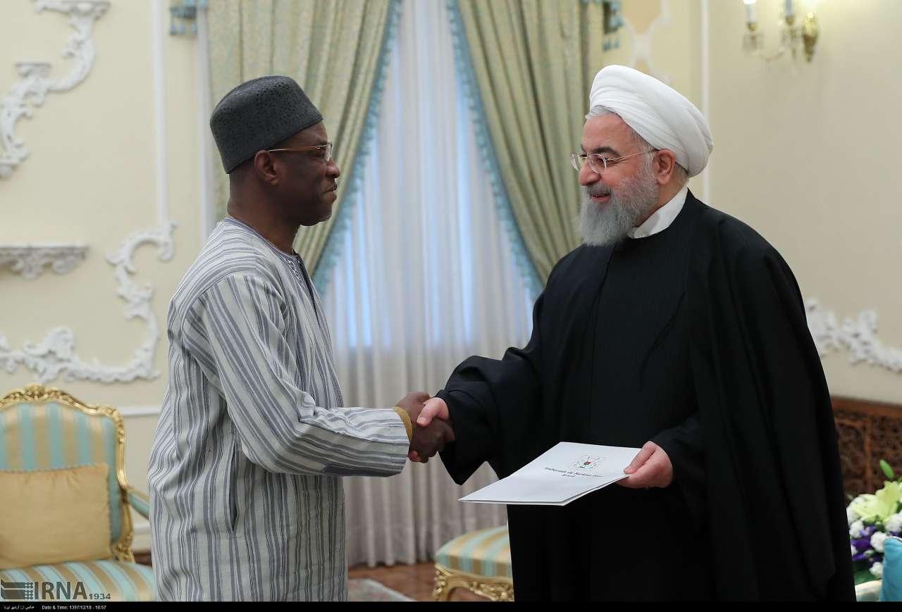 Burkina-Iran: L'ambassadeur Souleymane Koné présente ses lettres de créance au président Hassan Rohani