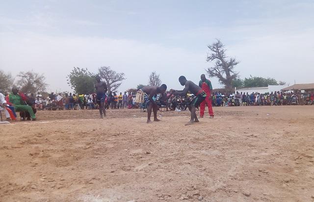 """Lutte traditionnelle dans le Nayala: Le tournoi du club """"Kiègoulou"""" tient ses promesses"""