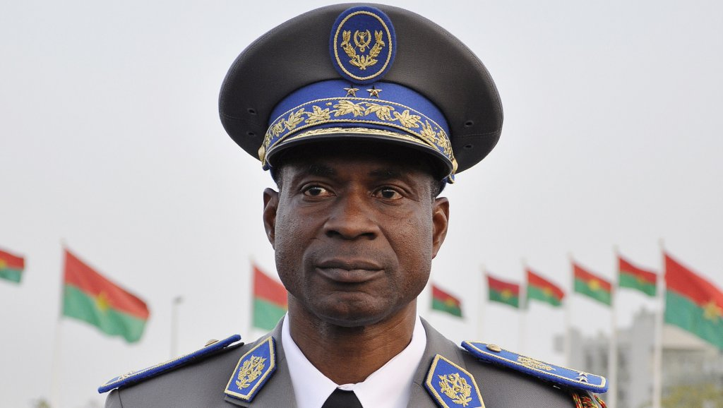 Procès du putsch: «Tu auras un papa prisonnier», lance le général Diendéré à son fils Ismaël