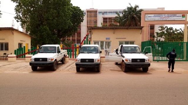 Fronde sociale au MINEFID: Il est temps que le président du Faso prenne ses responsabilités