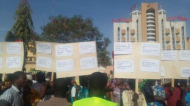 Arrondissement 8  de Ouagadougou: Les habitants de Silmiougou protestent contre la SONATUR