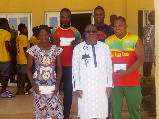Ministère des Sports et des Loisirs: Des lutteurs et des footballeuses chez Daouda Azoupiou