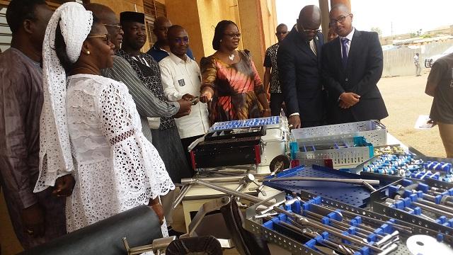 Santé: La LONAB offre du matériel médical au CHU de Bogodogo