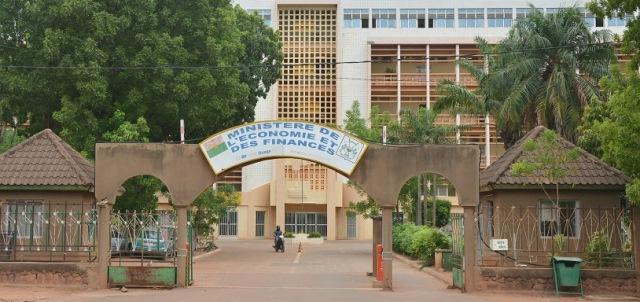 Mouvement d'humeur au MINEFID: Le SYNAMEF appelle les agents à faire preuve de «patriotisme»