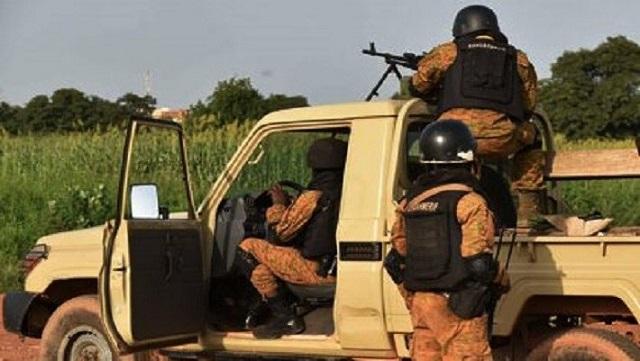 Brigade de gendarmerie de Kaya: Les élèves mobilisés pour l'érection d'une clôture