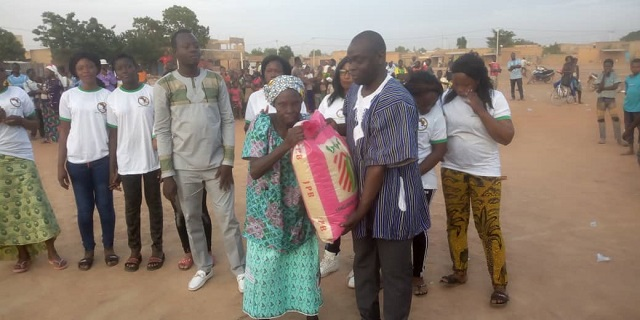 Vie politique: Le RPR vient en aide à des personnes vulnérables de l'arrondissement 7 de Ouagadougou