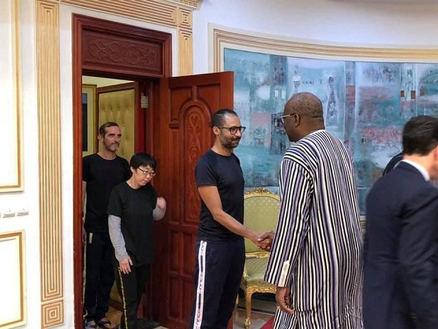 Kosyam: Trois ex-otages reçus par le président du Faso