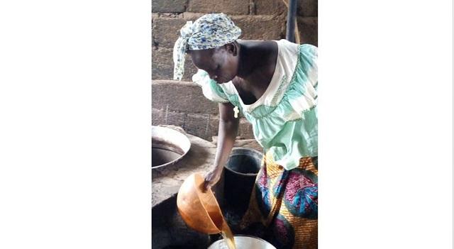 Monique Ilboudo, dolotière: «C'est une activité qui nécessite beaucoup d'efforts»