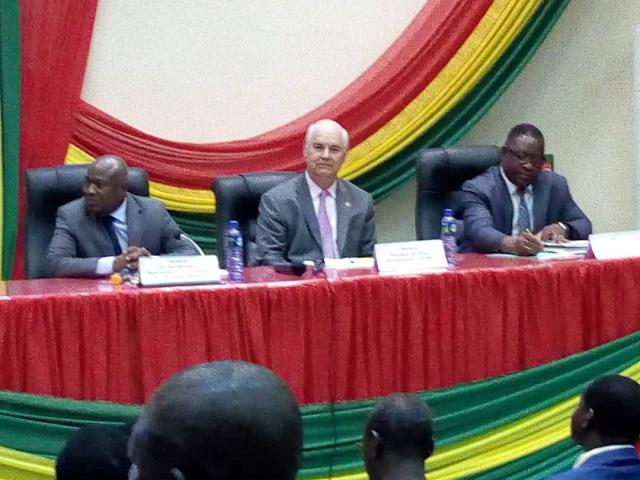 Assemblée nationale: L'emploi des jeunes au cœur des  préoccupations des députés