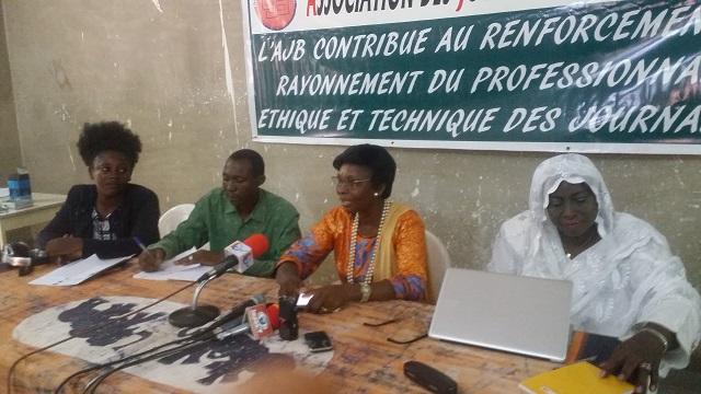 Lutte contre l'insécurité  au Burkina: La cellule féminine de l'AJB prend   son bâton de pèlerin