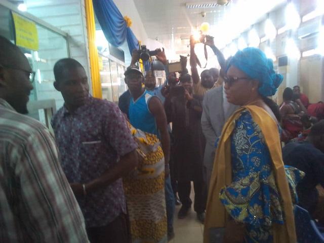 Reprise du travail à la Poste: «La Poste  n'aura de lendemains meilleurs qu'avec les travailleurs et  les dirigeants», selon Hadja Fatimata Ouattara/Sanon