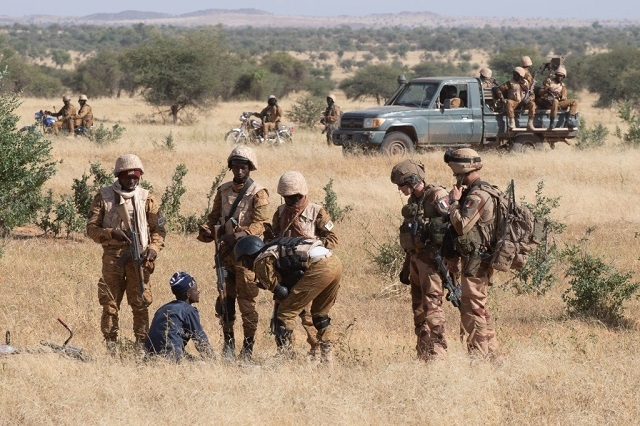 17 terroristes tués dans des combats — Mali