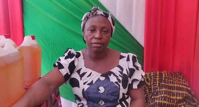 Burkina: «C'est mieux de payer ce que nous-mêmes nous produisons, au lieu d'aller chercher à l'extérieur», propose Thombiano Anna, transformatrice de produits forestiers non ligneux