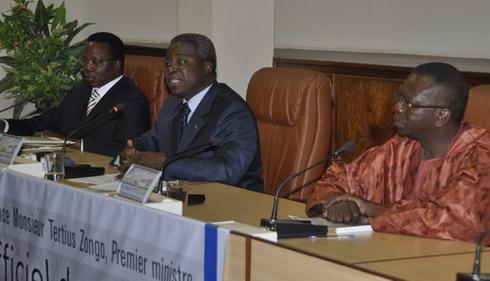 Le Premier Ministre Tertius Zongo A Procede Ce Mercredi Matin Au Lancement Officiel De Ledition 2010 Des Annales Du Ministere Veritable Carte