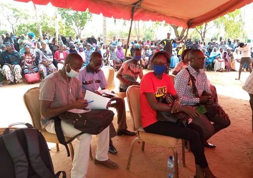 Des journalistes présents à la conférence de presse